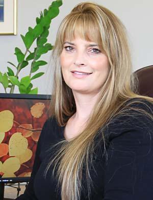 Kimberly Lewis, EA